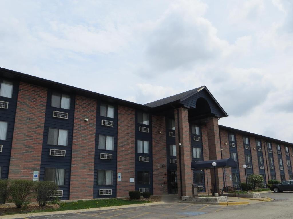 Motel 6 Elk Grove Village O 39 Hare Des Plaines Informationen Und Buchungen Online Viamichelin