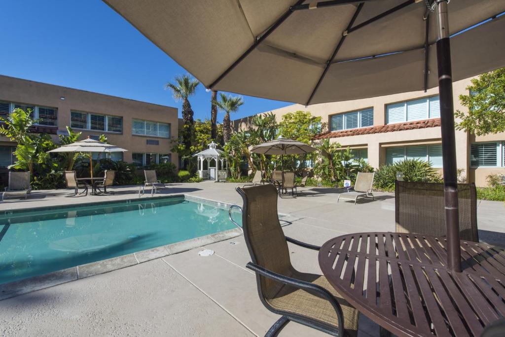 Hotels In Simi Valley Ca Grand Vista