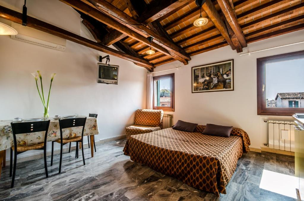 Venice Apartments, Italy - Booking.com