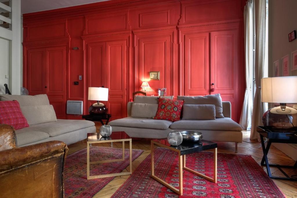 appartements hotel de ville riva lofts suites appartement lyon dans le rh ne 69. Black Bedroom Furniture Sets. Home Design Ideas