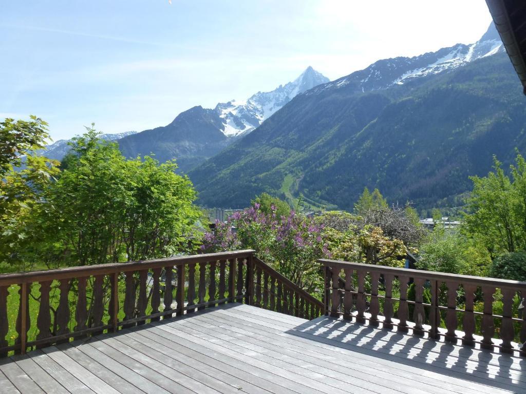 Appartement cerise locations de vacances chamonix mont blanc for Chambre 9 chamonix