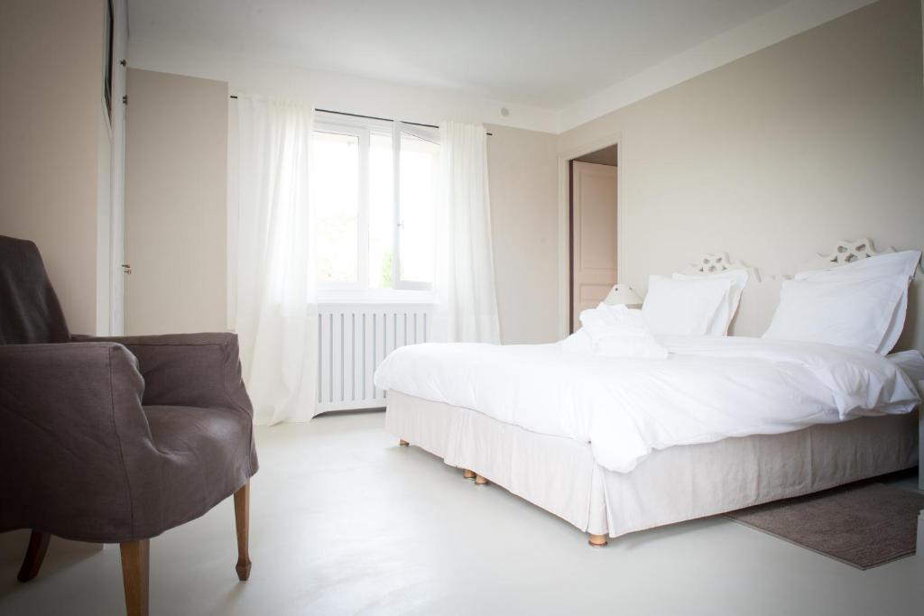 Chambres d 39 h tes maison valvert chambres d 39 h tes bonnieux for Chambre d hote bonnieux