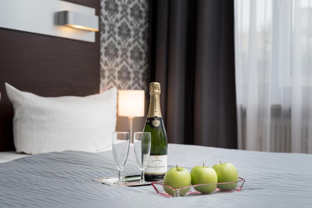 Hotel munich inn design hotel m nchen informationen for Designhotel munchen