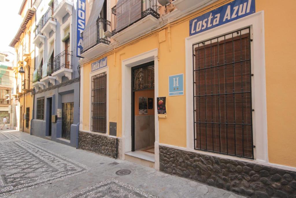 Casas rurales hostal costa azul casas rurales en granada for Hostal jardines granada