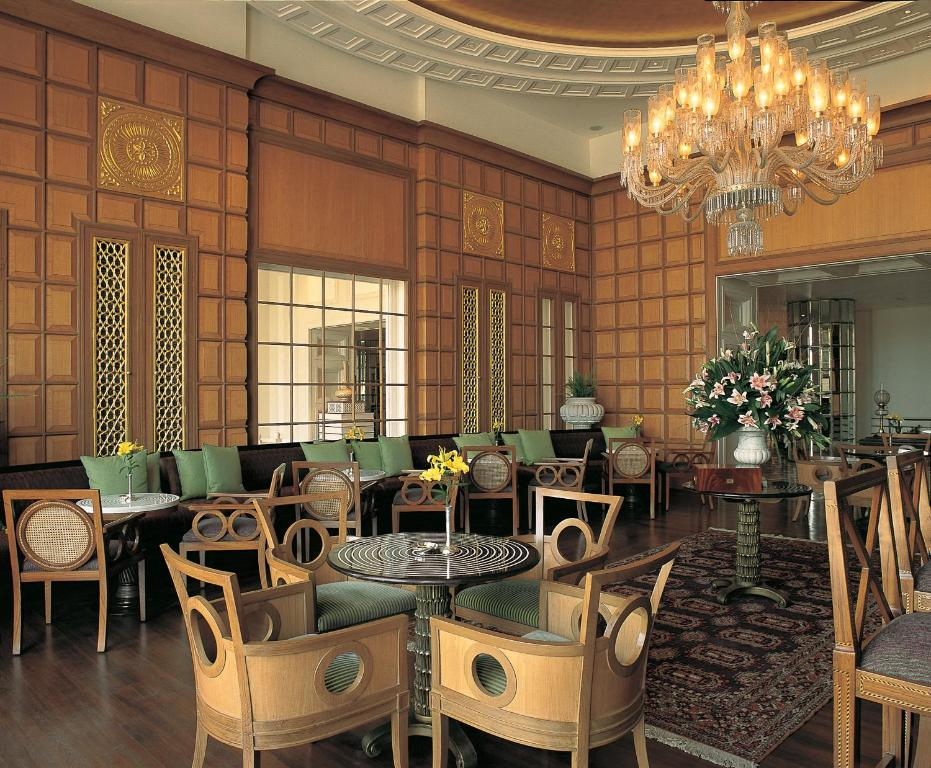 The oberoi amarvilas agra agra book your hotel with for Agra fine indian cuisine reviews