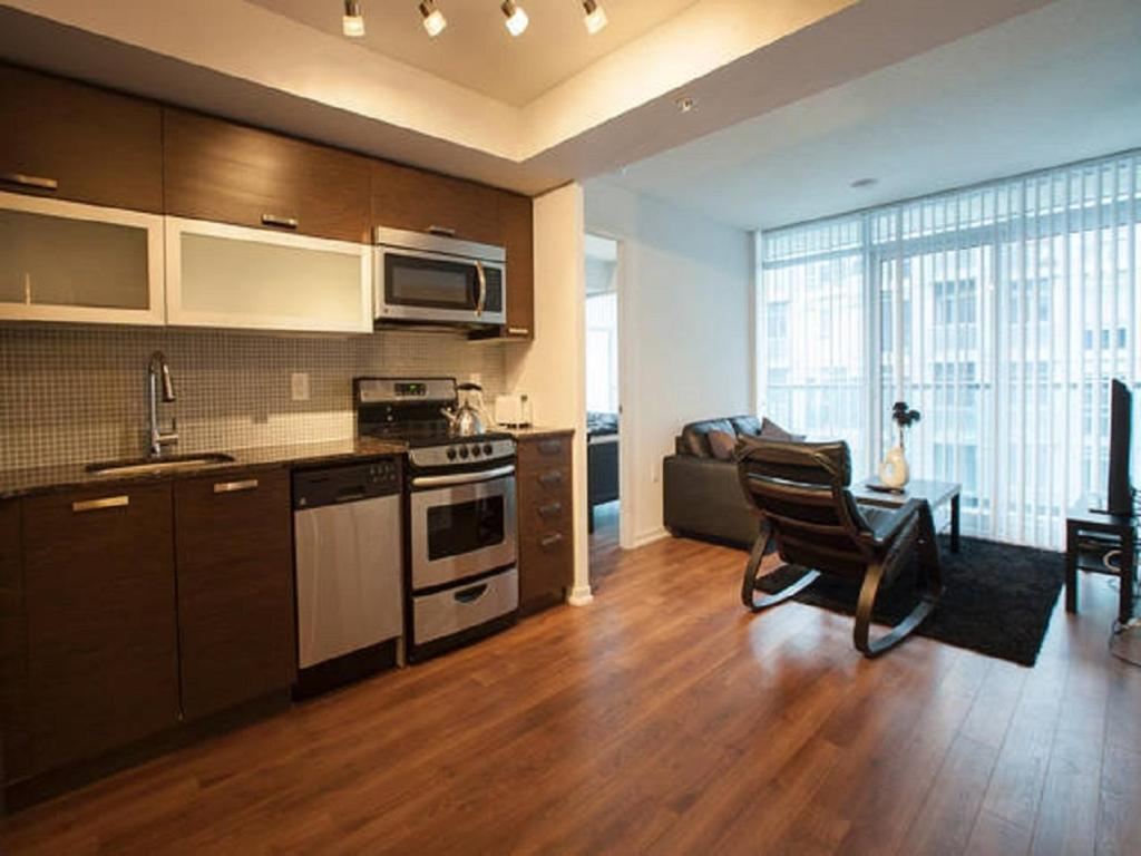Apartment Elite Suites Executive 2 Bedroom Toronto Canada