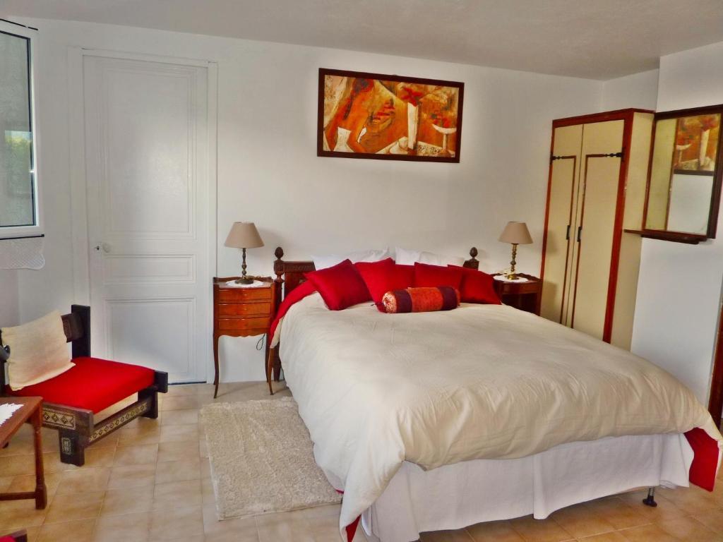 chambre d 39 h tes villa ba na b b chambres d 39 h tes menton. Black Bedroom Furniture Sets. Home Design Ideas