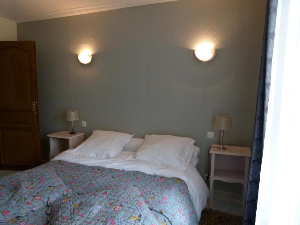 Chambres du0026#39;hu00f4tes Manoir du Vieux Cu00e8dre, Chambres du0026#39;hu00f4tes Blois