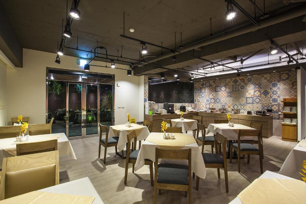 Recommended Hotels in Taipei Ximending Area - Street Jury