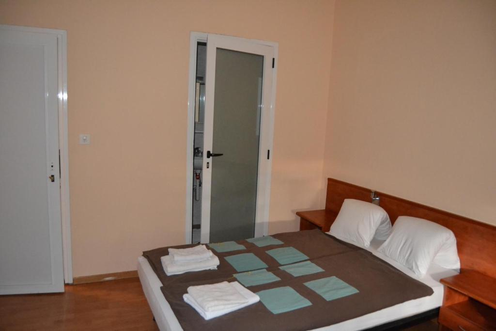 Osteria leon d 39 or bellinzona reserva tu hotel con for Habitaciones familiares leon
