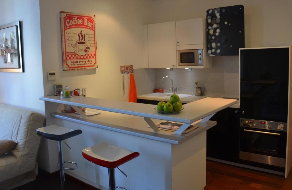 Appartement l 39 appart cours clemenceau locations de - Ustensiles de cuisine bordeaux ...