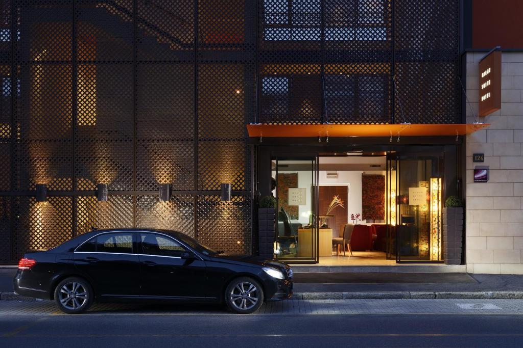 Milan suite hotel mil n reserva tu hotel con viamichelin for Hoteles diseno milan