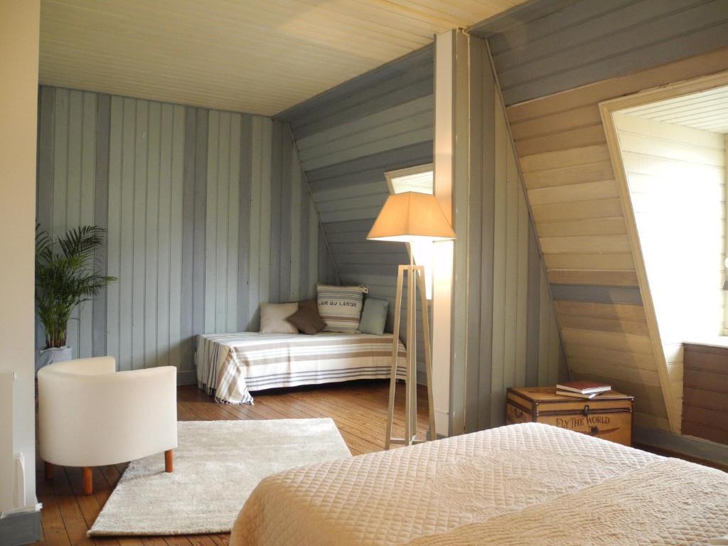 chambres d 39 h tes un balcon sur la mer chambres d 39 h tes roscoff dans le finist re 29. Black Bedroom Furniture Sets. Home Design Ideas