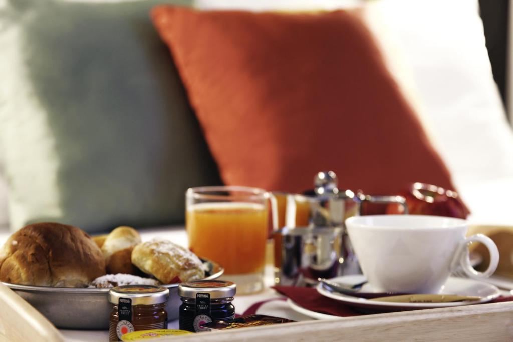 hotel mercure orly paris rungis. Black Bedroom Furniture Sets. Home Design Ideas