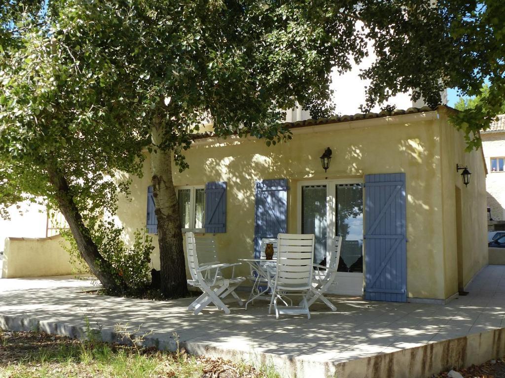 Maison de vacances l isle sur la sorgue holiday houses for Maison sorgues