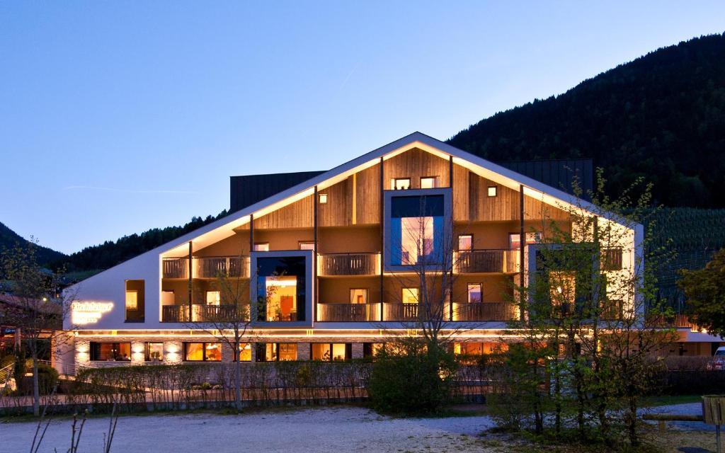 hotel restaurant kirchsteiger r servation gratuite sur. Black Bedroom Furniture Sets. Home Design Ideas
