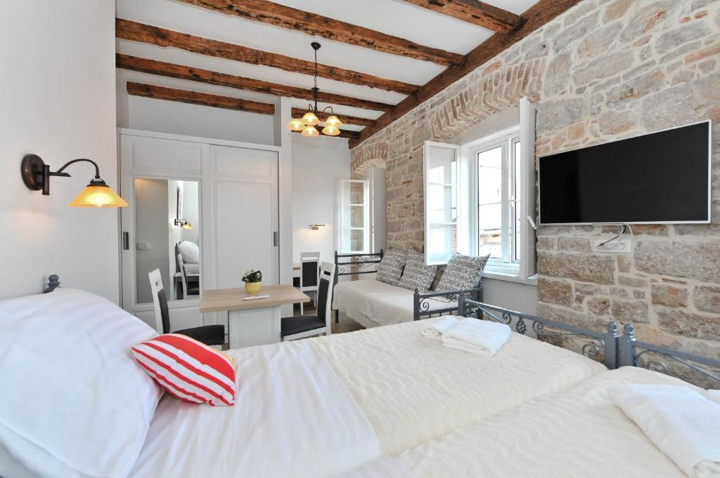 Chambres d 39 h tes domenik house chambres d 39 h tes zadar for Chambre hote zadar