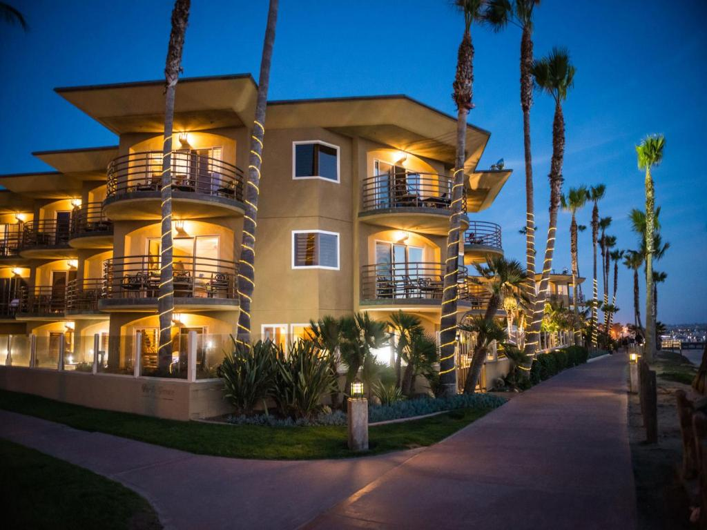 Pacific terrace hotel san diego book your hotel with for Terrace hotel