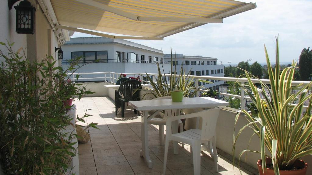Chambre d 39 h tes la terrasse de beaulieu chambre d 39 h tes for Maison hote caen