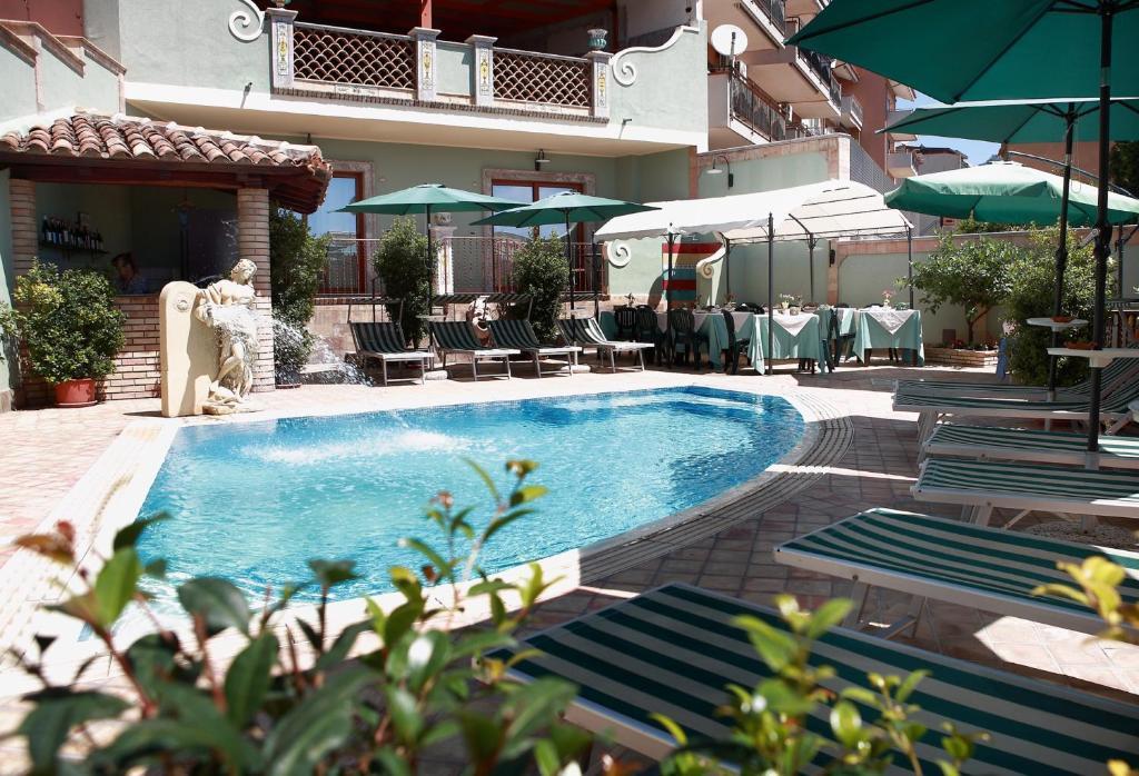 B B Villa Cristina Giardini Naxos