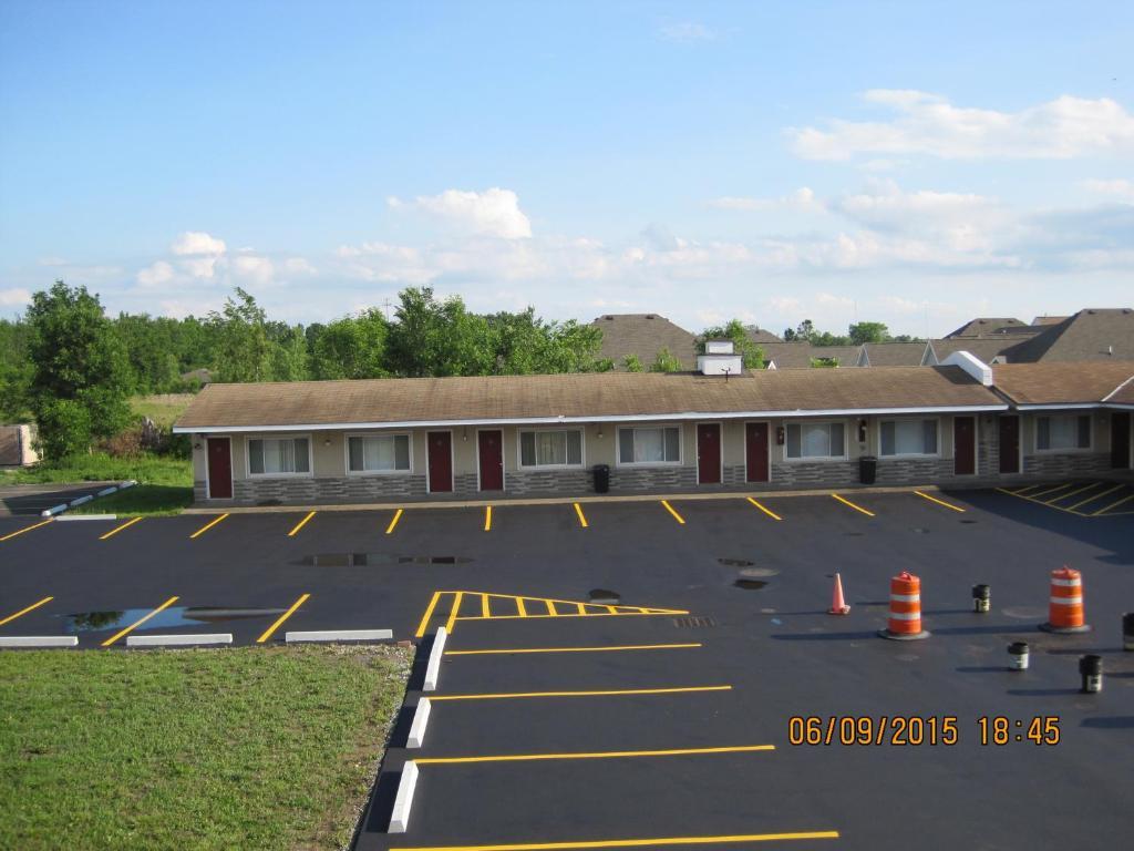 Driftwood Motel Niagara Falls Ny