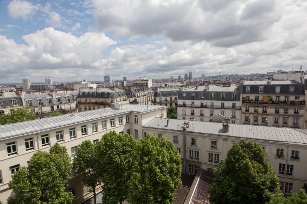 H tel montmartre paris informationen und buchungen for Michelin hotel france