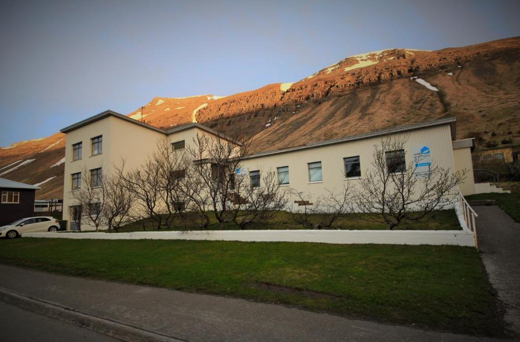 Comfy guesthouse westfjords r servation gratuite sur for Comfy hotels resorts