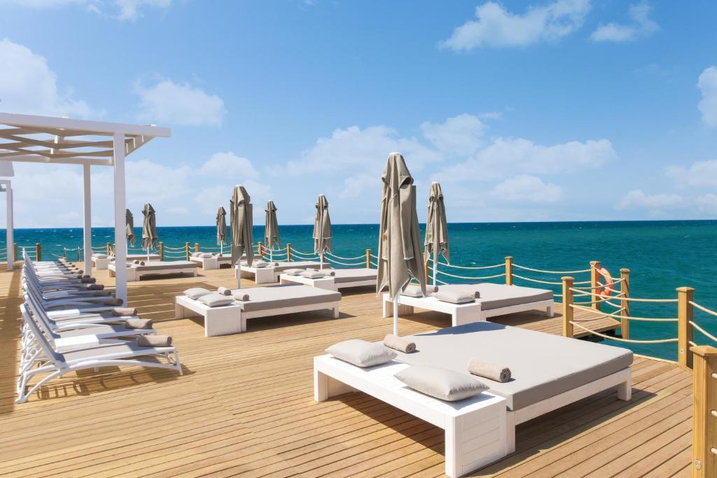 Sirene belek hotel r servation gratuite sur viamichelin for Piscine 07500