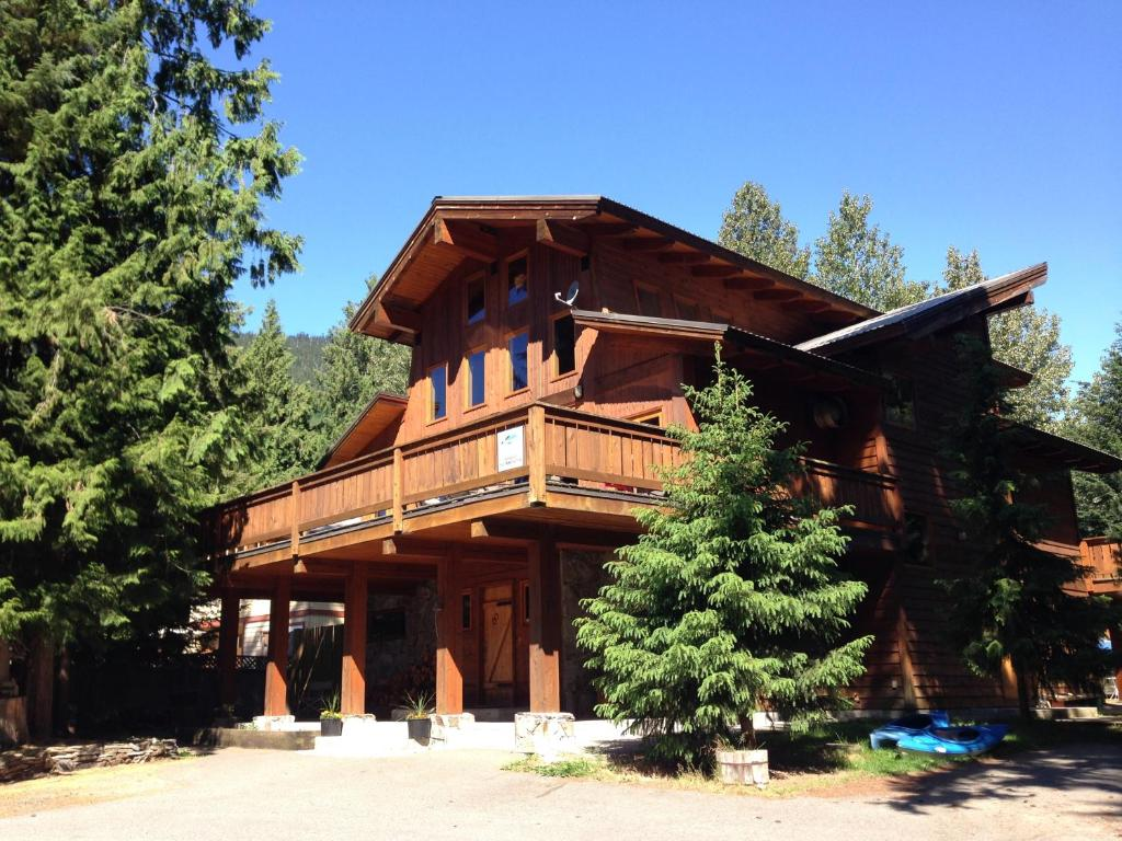 Alpine lodge whistler r servation gratuite sur viamichelin for The alpine lodge