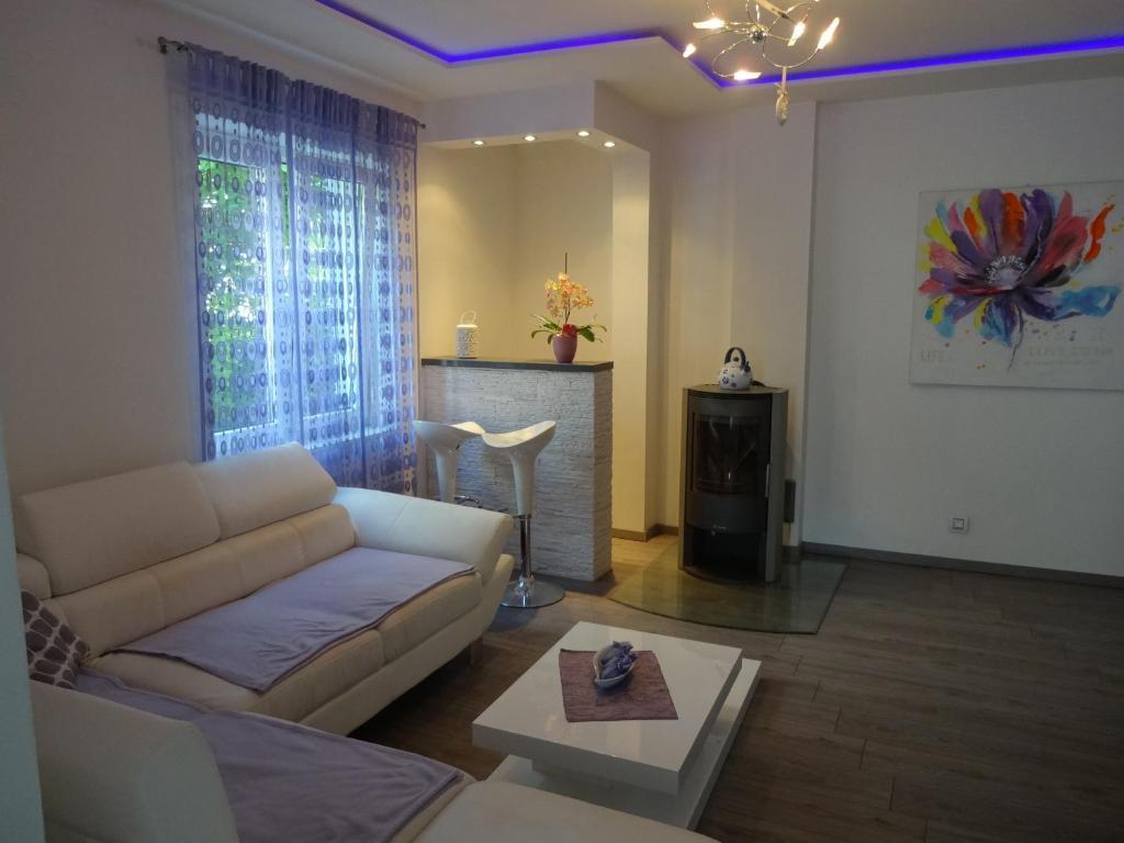 Apartments Mara