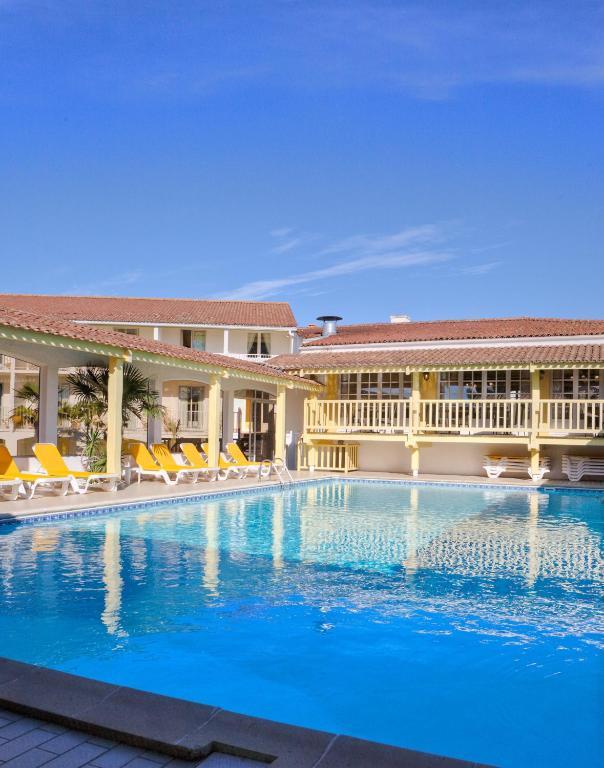 Hotel et spa les cleunes ol ron marennes online booking viamichelin - Office de tourisme saint trojan les bains ...