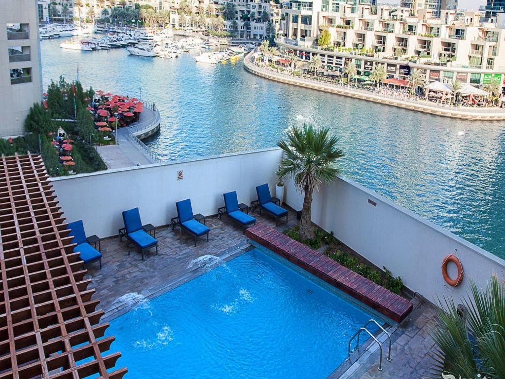 Dusit residence dubai uae for Dubai hotel booking