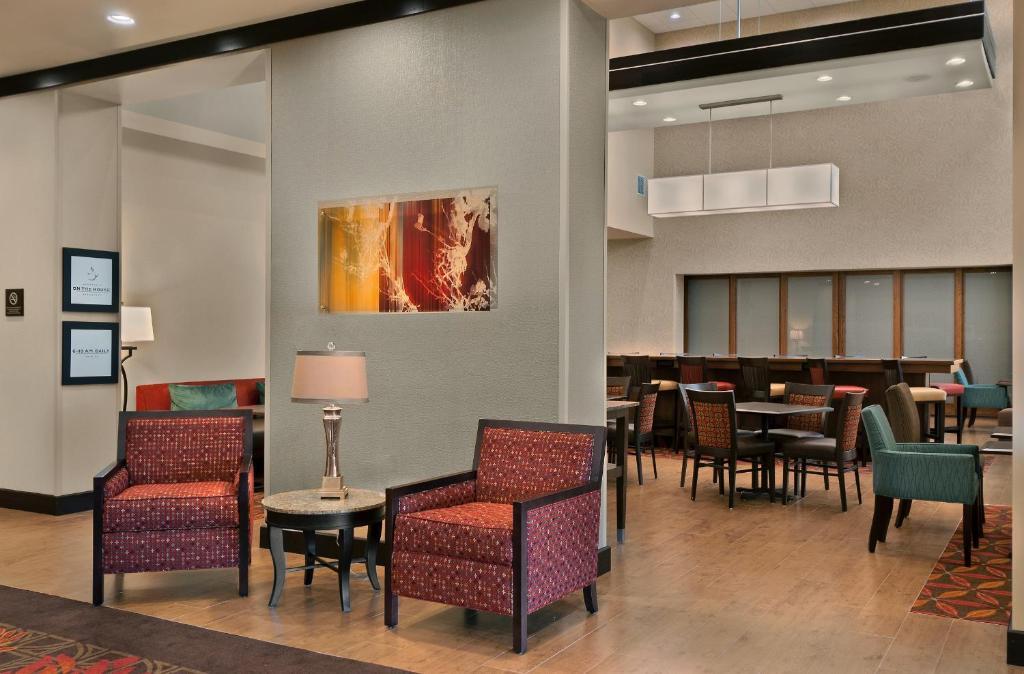 Hampton Inn Suites Tampa Northwest Oldsmar Oldsmar Prenotazione On Line Viamichelin