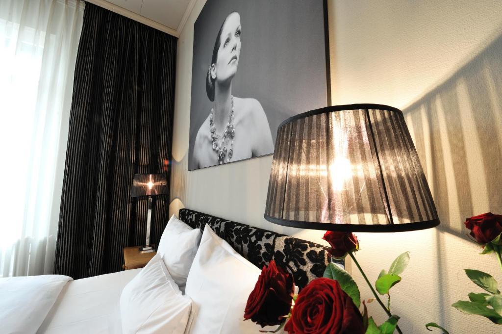 stage 47 d sseldorf informationen und buchungen online viamichelin. Black Bedroom Furniture Sets. Home Design Ideas
