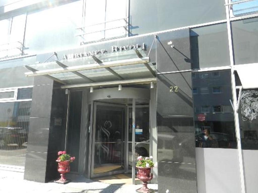 Hotel Ambiance Rivoli - Monaco - prenotazione on-line - ViaMichelin