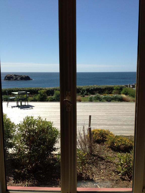 Comparator le grand large belle le en mer bangor booking hotels - Grand large belle ile ...