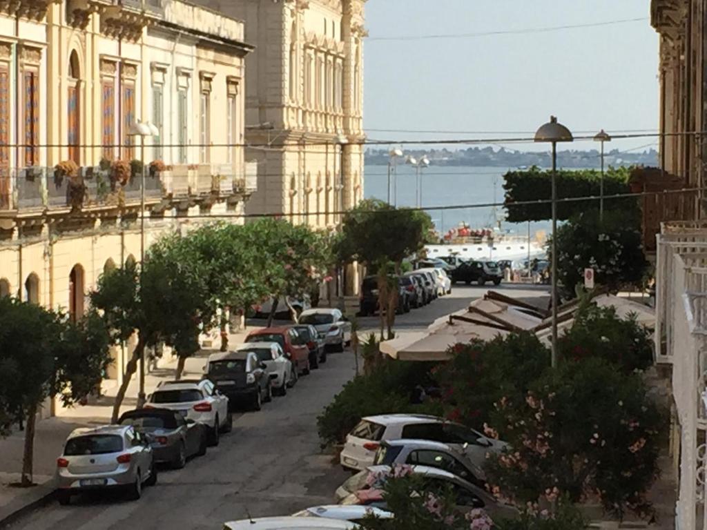 B b del centro storico r servation gratuite sur viamichelin for Hotel siracusa centro storico
