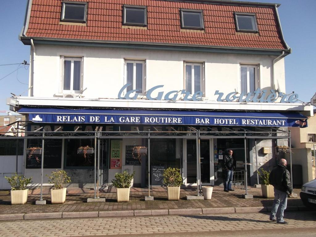 Hotel le relais de la gare routiere saint priest - Stock cuisine saint priest ...