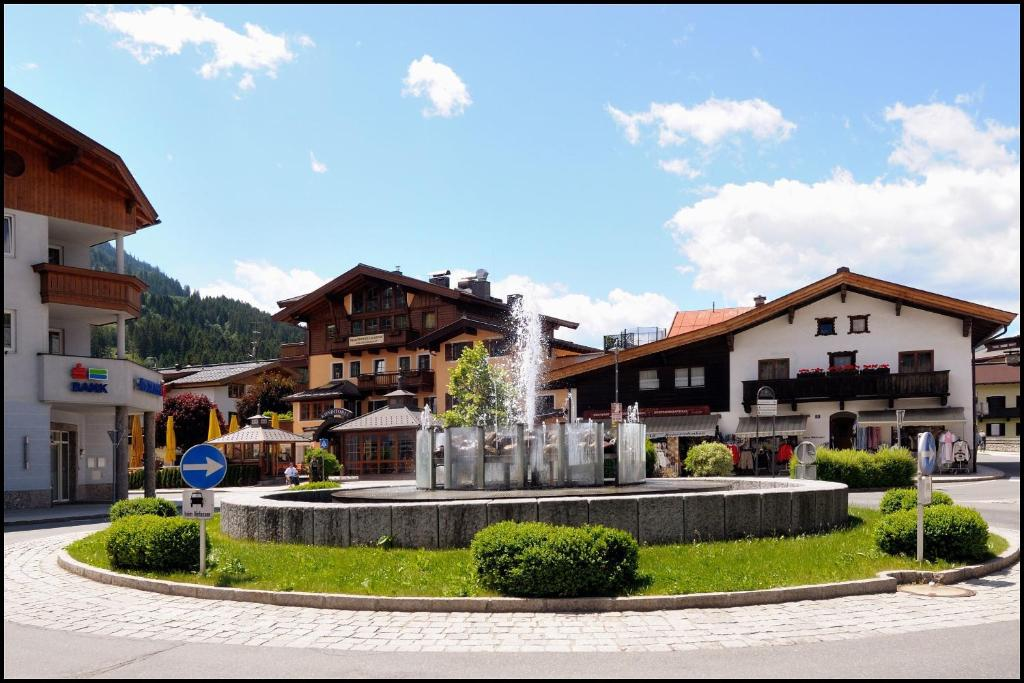 Appartements lorenzoni kirchberg in tirol reserva tu for Habitaciones familiares italia