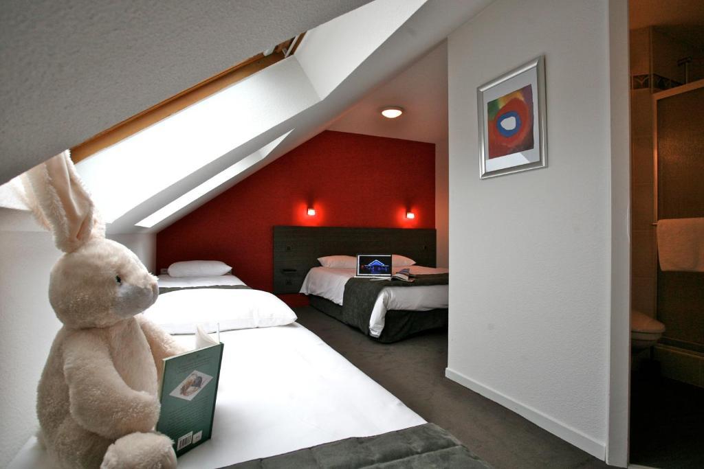 hotel kyriad saint brieuc tregueux. Black Bedroom Furniture Sets. Home Design Ideas