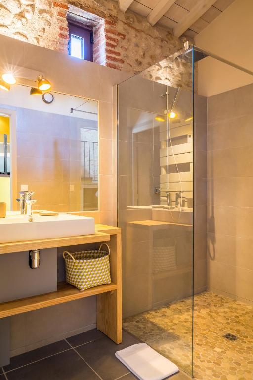 Chambres d 39 h tes mas latour lavail chambres d 39 h tes perpignan for Chambre d hotes perpignan
