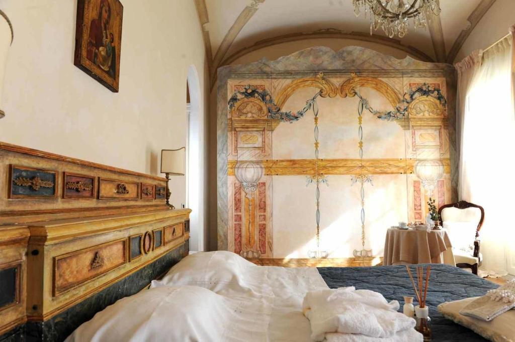 Casa raiola torre del greco prenotazione on line for Piani di casa del revival greco