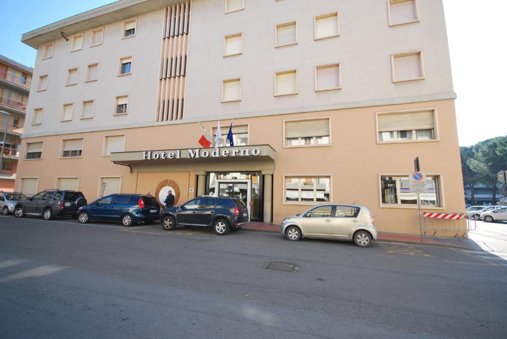 Hotel moderno pontassieve book your hotel with viamichelin for Hotel moderno madrid booking