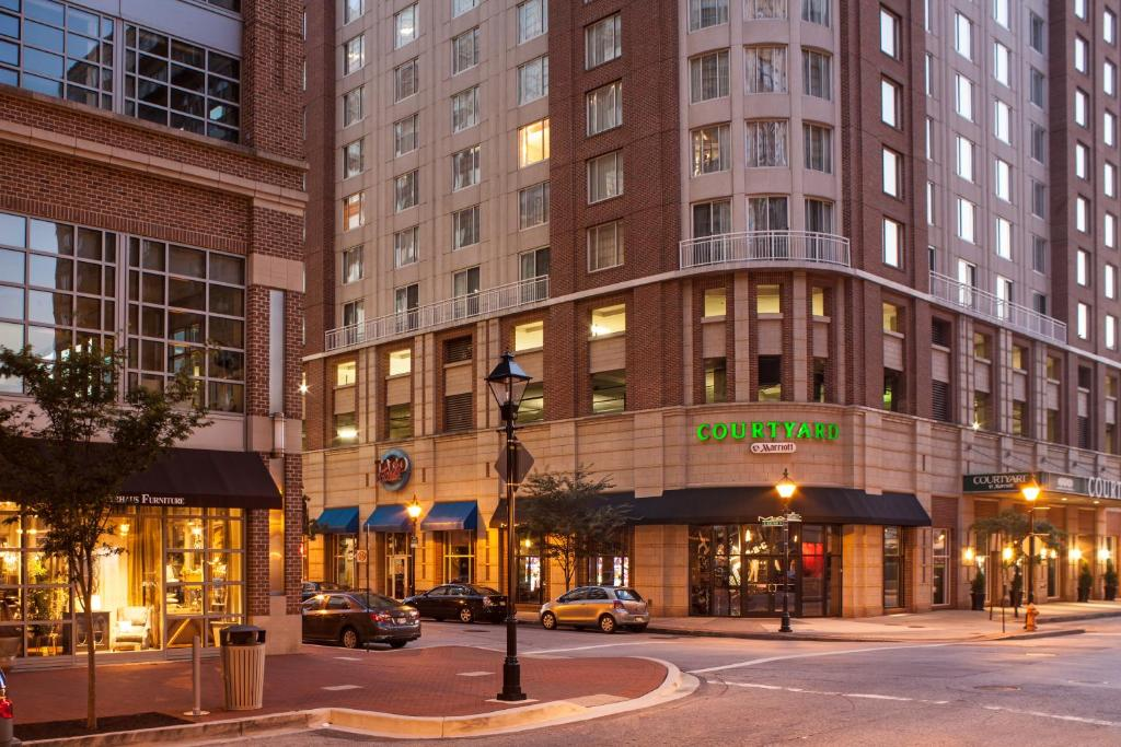 Courtyard By Marriott Baltimore Downtown Inner Harbor