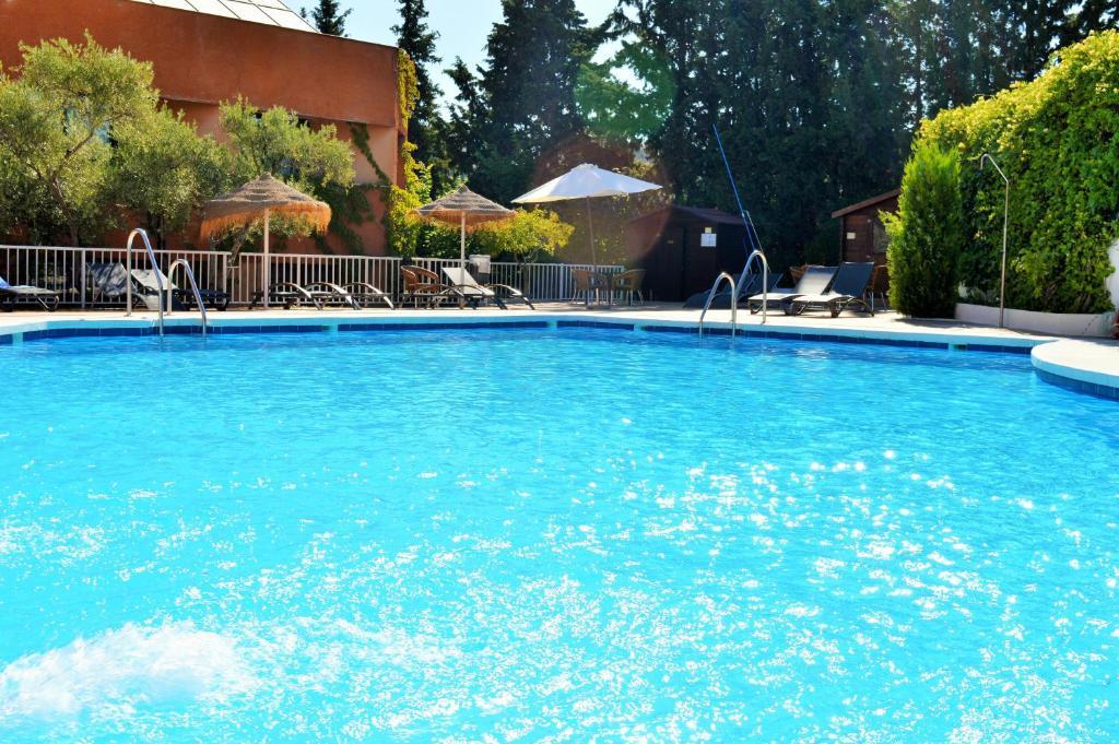 Hotel Alixares Granada Online Booking Viamichelin