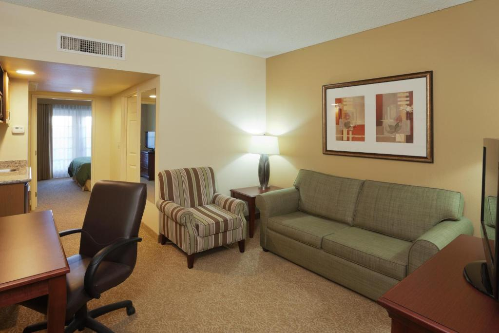 Country Inn Suites By Radisson Mesa Az Mesa Book Your Hotel With Viamichelin