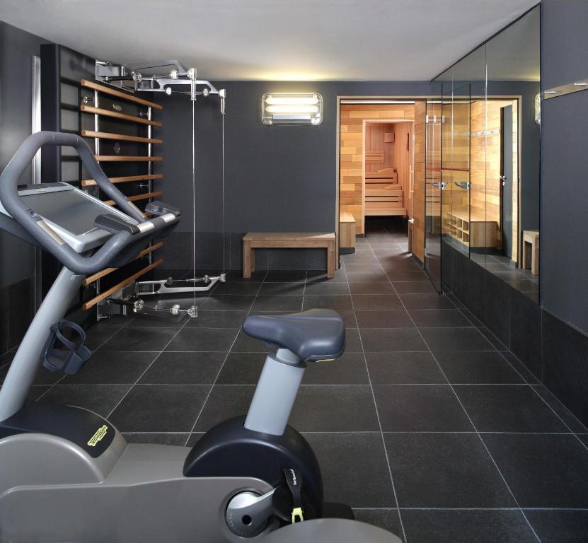 casa camper berlin berlin book your hotel with viamichelin. Black Bedroom Furniture Sets. Home Design Ideas