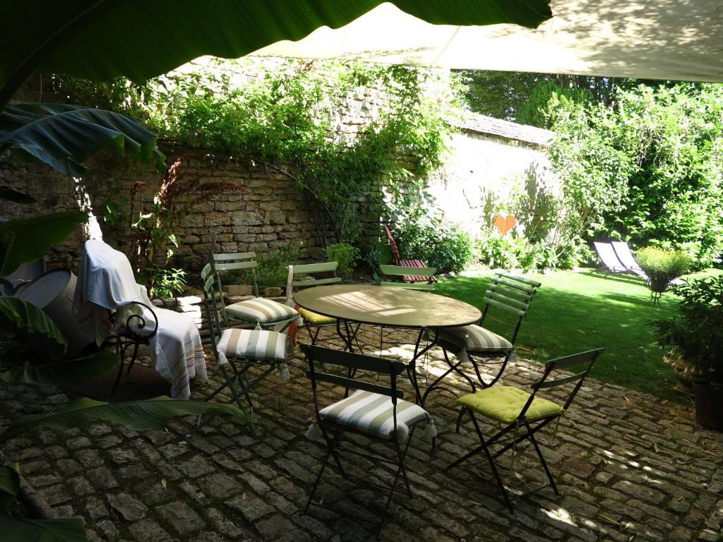Le jardin de gustave valdahon informationen und for Le jardin knokke michelin