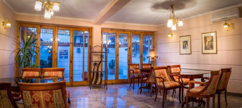 hotel villa orient sarajevo prenotazione on line viamichelin. Black Bedroom Furniture Sets. Home Design Ideas