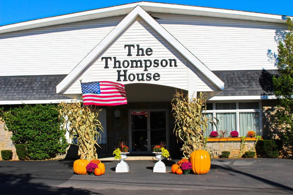 The thompson house jewett book your hotel with viamichelin for The thompson house